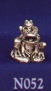 Frog Mom & Baby